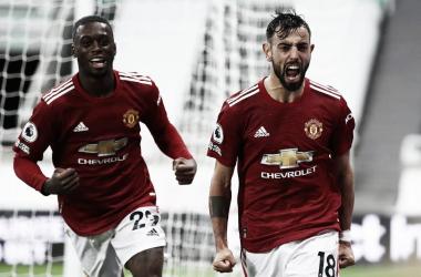 United sai atrás, mas Bruno Fernandes comanda goleada diante do Newcastle fora de casa