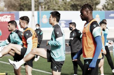 Convocatoria del Espanyol frente al Lugo: Dimata, entre ellos