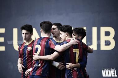 El FCB Juvenil A celebrando un gol en la Ciutat Esportiva. Foto: Noelia Déniz, VAVEL