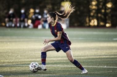 Ariadna Mingueza con el Barça B Femení esta temporada