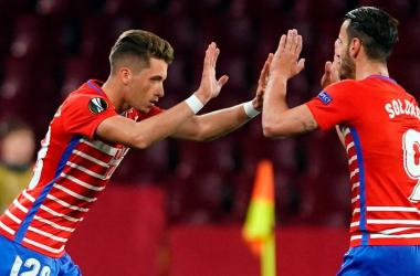 Isma Ruiz, primer granadino en debutar con el Granada CF en competición europea