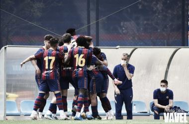 El FCB Juvenil A celebrando un tanto ante el Nàstic. Foto: Noelia Déniz, VAVEL