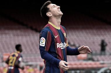 NO ALCANZO. Pese al gol de Messi, Barcelona perdió y se quedó sin chances de gritar campeón en España. Foto: Web