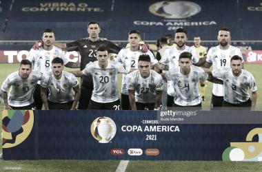 Once inicial de Argentina con los regresos de Dibu Martínez y Nicolás Tagliafico