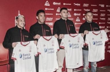 Lucas Vera, José Luis Gómez, Enrique Triverio y Jhonatan Candia.<div>Fuente: Sitio oficial de Huracán.</div>