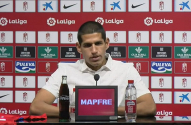 Luis Abram en rueda de prensa. Foto: Granada CF
