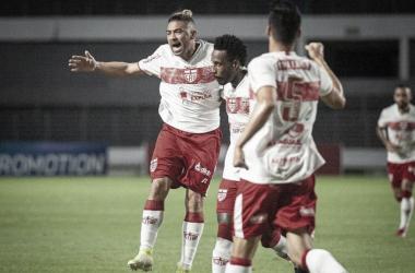 CRB vence Brusque com tranquilidade e assume vice-liderança da Série B