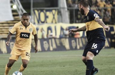 CHAU TANO. Uno de las pocas actuaciones de De Rossi fue en el 0-1 ante Central. Foto: Nicolás Castillo.