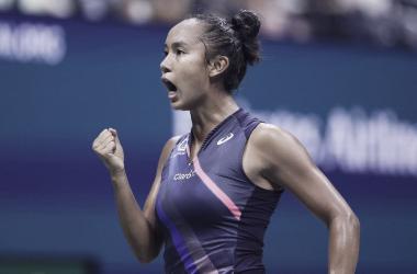 Leylah Fernandez faz mais uma vítima, bate Sabalenka e está na decisão do US Open