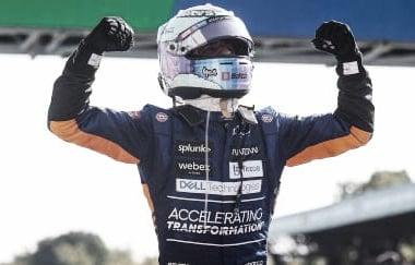 Ricciardo celebrando la victoria en el Gran Premio de Italia. (Fuente: f1.com)