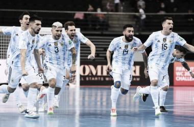 Argentina y el festejo por el pase a la semifinal. Foto: Selección Argentina