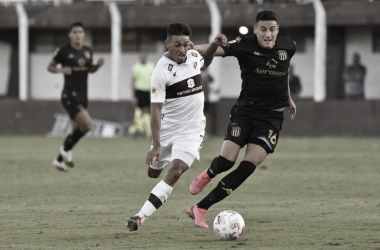 La última vez que se cruzaron estos dos equipos fue en marzo del 2021, con victoria 0-2 de La Academia en Vicente López. (Foto: Web)