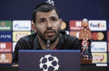 Kun Agüero en la rueda de prensa previa al duelo ante el Dinamo de Kiev. Foto: FC Barcelona