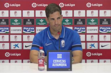 Robert Moreno durante la rueda de prensa. Foto: Granada CF