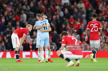<div>Manchester United v West Ham United - Carabao Cup Third Round</div><div>MANCHESTER, ENGLAND - SEPTEMBER 22: Mark Noble and Nikola Vlasic of West Ham United celebrate after the Carabao Cup Third Round match between Manchester United and West Ham United at Old Trafford on September 22, 2021 in Manchester, England. (Photo by Alex Livesey - Danehouse/Getty Images)</div>
