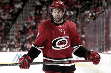 Justin Williams con los Hurricanes | Foto: NHL.com