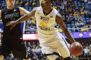 West Virginia Mountaineers Break 100-Point Mark in a 103-62 Rout of the Stetson Hatters