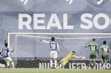 Willian José, el último goleador del Antiguo Anoeta no podrá estrenar el estadio por lesión. Foto: La Liga