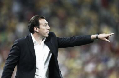 Com um jogador a menos, treinador belga valoriza vitória contra Coréia do Sul