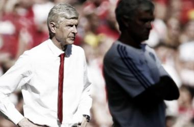 Wenger wary of Chelsea's threat, in spite of Mourinho's dismissal