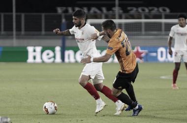 Ocampos marca no fim, Sevilla bate Wolves e garante vaga na semifinal da Europa League
