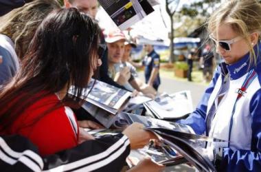 Susie Wolff critica a ideia de Bernie Ecclestone de ter uma F1 feminina (foto: AP)