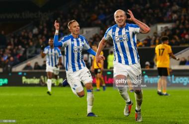 Aaron Mooy shone in Huddersfield's midfield alongside the impressive Philip Billing | Photo: Getty