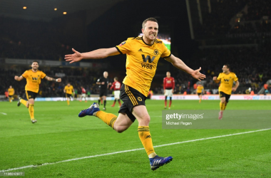 WOLVERHAMPTON, ENGLAND - MARCH 16: Diogo Jota of Wolverhampton Wanderers celebrates after scoring his team's second goal during the FA Cup Quarter Final match between Wolverhampton Wanderers and Manchester United at Molineux on March 16, 2019 in Wolverhampton, England. (Photo by Michael Regan/Getty Images)