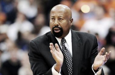 Los Knicks ejercen su opción sobre Mike Woodson para la temporada 2014-2015
