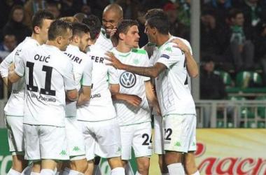Wolfsburg celebrate their second goal (Picture: @VfLWolfsburg_EN)