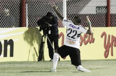 Coritiba é superior ao Villa Nova-MG e avança de fase na Copa do Brasil