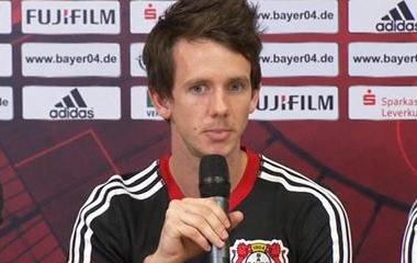 Motivado, Robbie Kruse chega ao Leverkusen brigando por vaga