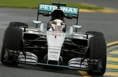 F1 Abu Dhabi - Dominio di Hamilton nelle Fp2. Vettel terzo