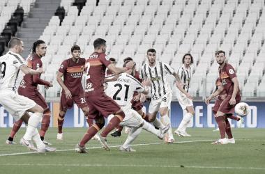 Depois de sofrer derrota por W.O., Roma disputa clássico contra Juventus