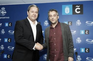 Tino Fernández y Xulio Ferreiro se saludan en un acto | Imagen vía RC Deportivo