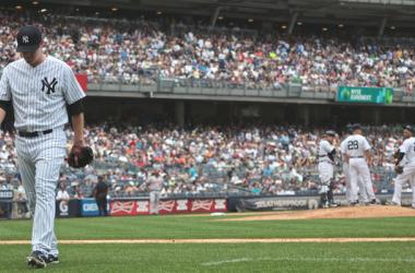 Mark Reynolds rompe a los Yankees en el Bronx