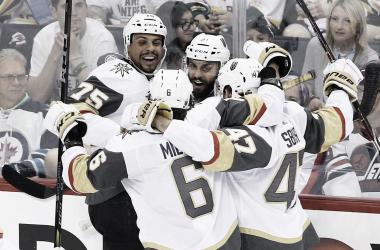 Los jugadores de Las Vegas celebrando | Toronto Star