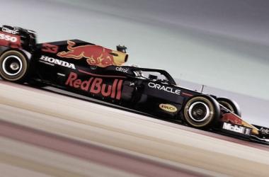Verstappen vuela con el Red Bull | Foto: Fórmula 1