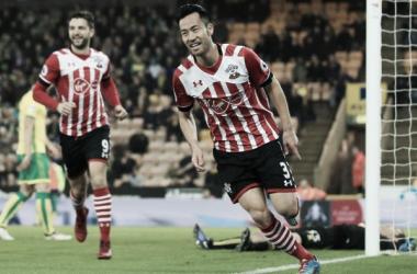 Previa Southampton - Huddersfield: mirar hacia Europa o mirar el descenso