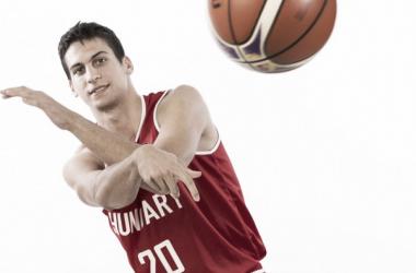Perl, con la camiseta de Hungría / Foto: FIBA