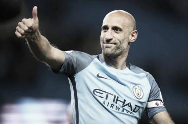 Ex-Manchester City, Pablo Zabaleta anuncia aposentadoria do futebol