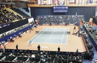 Foto: pista central del recinto que albergará el ATP 250 croata. (Robin Haase Official Page).