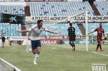 Zalaya celebra su gol frente al Calahorra | Imagen: Claudia Moreno -VAVEL