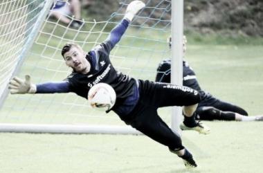 Former Celtic 'keeper Załuska joins Darmstadt