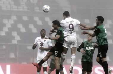Em jogo com forte neblina, Sassuolo busca empate diante do Torino no fim e mantém invencibilidade