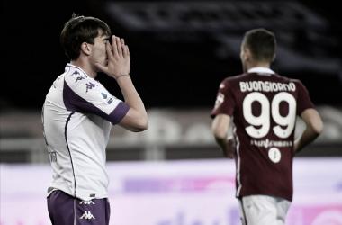 Com muita emoção, Torino e Fiorentina empatam em jogo de duas expulsões