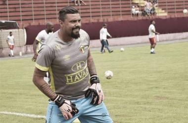 """Zé Carlos mira mais títulos com camisa do Brusque:""""Estou vivendo uma fase muito importante''"""