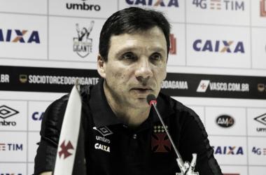 Zé Ricardo lamenta má atuação do Vasco e define equipe como 'irreconhecível'