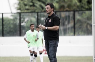 """Zé Ricardo avalia vitória diante do Nova Iguaçu: """"Três pontos que nos dão tranquilidade para trabalhar"""""""