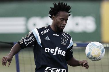 Zé Roberto se recupera de lesão na coxa e reforça Palmeiras nas quartas do Paulista